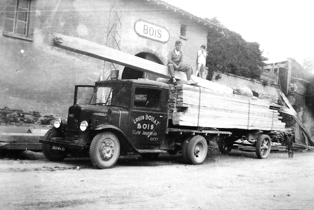 Vieux Camion Douat Bois l'isle-jourdain scierie menuiserie bois